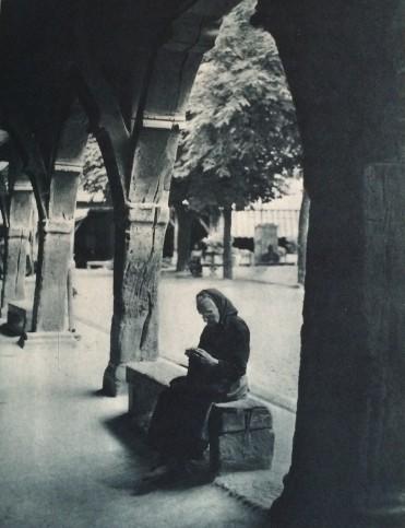 Mirepoix, sous les couverts de bois (page 171, 9009.c.240)