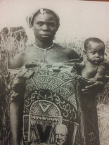 Angolan woman with child. 1961. Col. F.L. Vicente