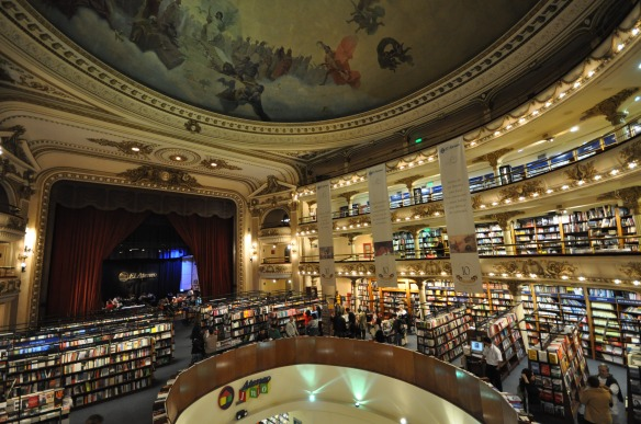 El Ateneo Grand Splendid, one of the most well-known bookshops in Buenos Aires. Photo by Flickr user Jorge Láscar.