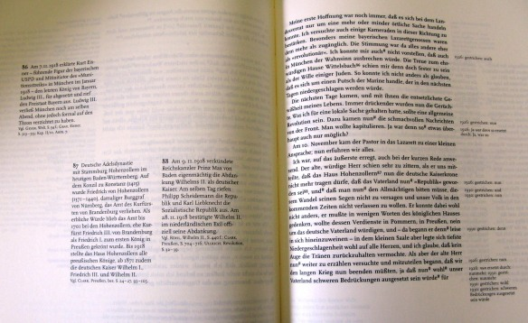 Pages of the critical edition showing text on the right-hand page with dated revisions and annotations on the left-hand page